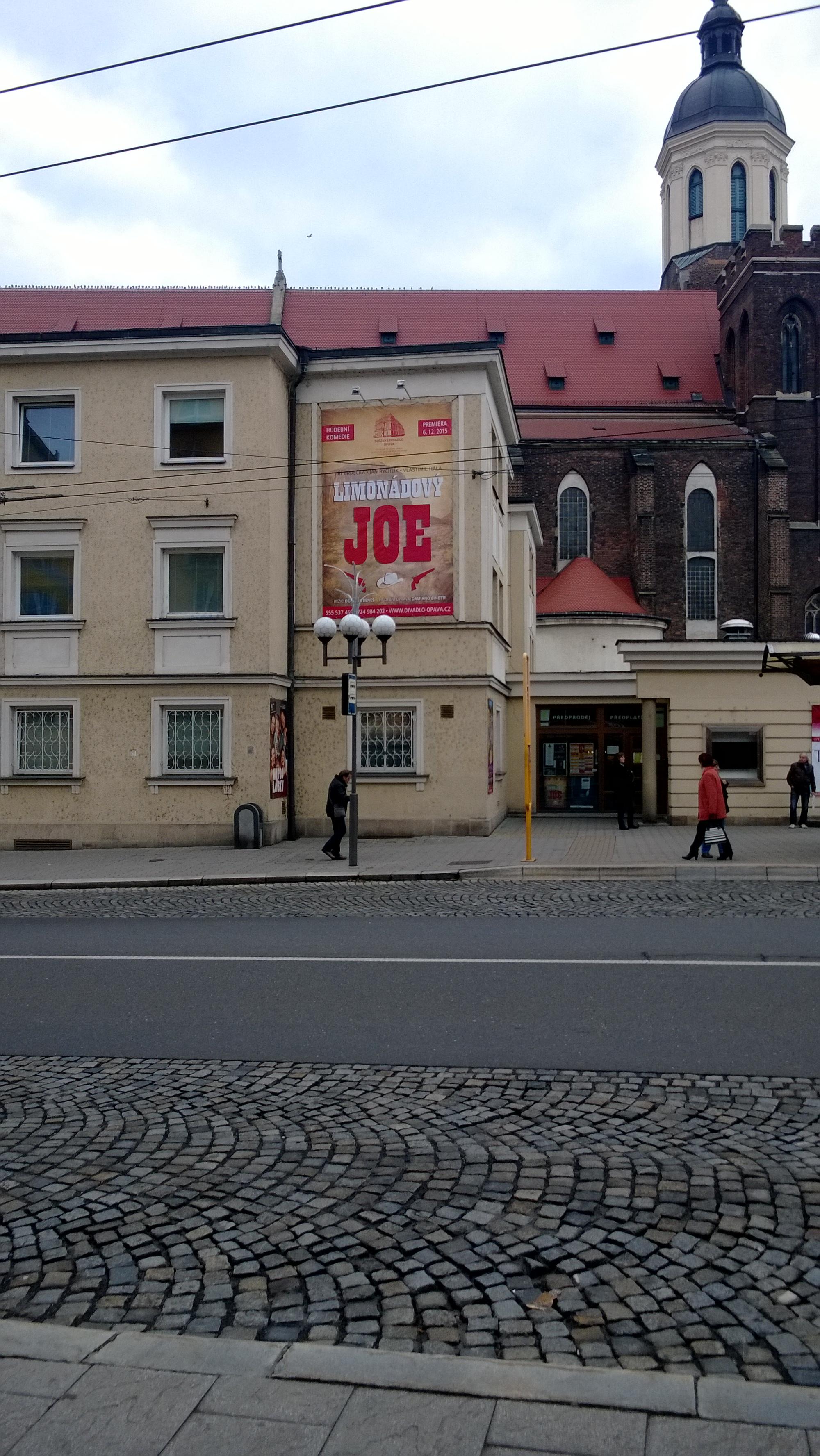 Opavské divadlo - Meschová plachta
